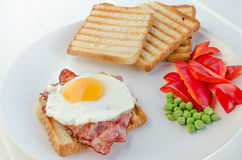 Fresh breakfest - ham, eggs, vegetable and toast Royalty Free Stock Photos