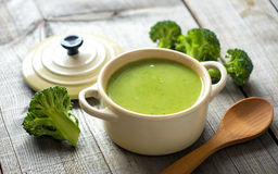 Fresh broccoli soup Stock Photography