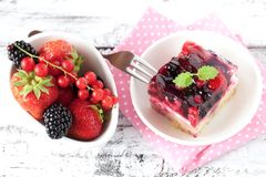Fresh cake with berries Royalty Free Stock Image