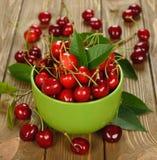 Fresh cherries in a bowl Stock Photos