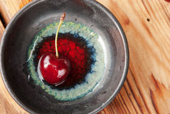 Fresh cherry in a bowl Royalty Free Stock Photography