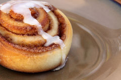 Fresh Cinnamon Bun Royalty Free Stock Photography