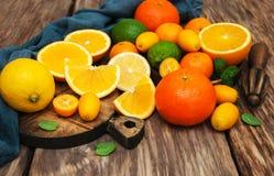 Free Fresh Citrus Fruits Stock Photo - 86248620