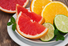 Fresh citrus fruits Royalty Free Stock Photos