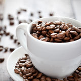 Fresh coffee beans Royalty Free Stock Images