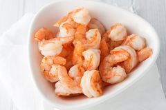 Free Fresh Cooked Shrimp In White Bowl Stock Photography - 53364962