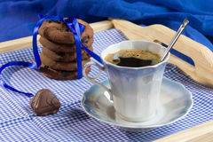 Fresh cookies and a cup of coffee Stock Photography