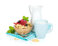 Fresh corn flakes with berries Stock Photography