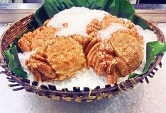 Fresh crab on ice. Fresh Japanese crabs put on ice selling in fresh market Stock Images