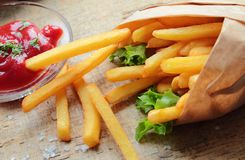 Fresh crunchy fries Royalty Free Stock Images