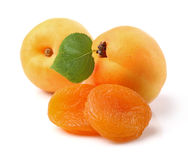 Fresh and dried apricots Royalty Free Stock Images