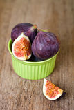 Fresh figs in a bown Stock Images