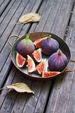 Fresh figs in a copper pot Stock Photos