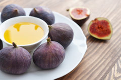 Fresh figs with honey Stock Images
