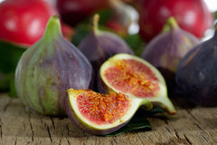 Fresh figs and pomegranate Royalty Free Stock Photography