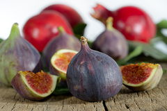 Fresh figs and pomegranate Royalty Free Stock Image