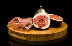 Fresh figs and prosciutto Stock Photography