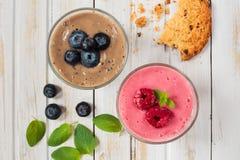 Fresh fresh blueberry and raspberry smoothie Royalty Free Stock Photos