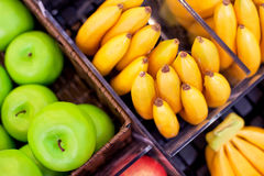 Free Fresh Fruit Royalty Free Stock Photo - 35768525