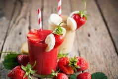 Fresh Fruit Juice Smoothie Glass Strawberry Banana Royalty Free Stock Photos