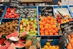 Fresh fruit on a market stall Royalty Free Stock Photos
