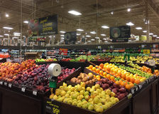 Fresh fruits and vegetables sale at grocery store Royalty Free Stock Images
