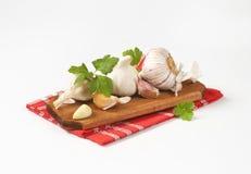 Fresh garlic bulbs and cloves Royalty Free Stock Image