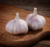 Fresh garlic on a cutting board Stock Photography
