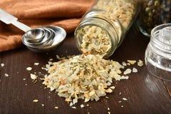 Fresh garlic salt Royalty Free Stock Photography