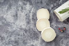 Free Fresh Goat Cheese With Slices Dark Marple Stock Photography - 150555572