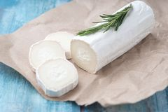 Free Fresh Goat Cheese With Slices On Paper Royalty Free Stock Photography - 150555347