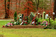 Fresh grave Royalty Free Stock Photos