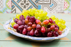 Fresh green and red grape Royalty Free Stock Images