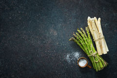 Fresh green and white asparagus Royalty Free Stock Images