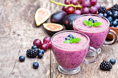 Free Fresh Healthy Pulpy Cocktail With Purple  Fruits And Berries Stock Images - 59643174