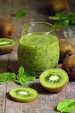 Fresh homemade kiwi juice. Royalty Free Stock Photos