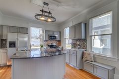 Fresh kitchen. Light and bright, hardwood, hgtv Royalty Free Stock Photography