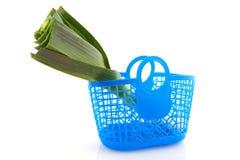 Fresh leek in shopping bag Royalty Free Stock Photography