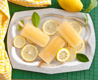 Fresh lemon popsicles Stock Photography