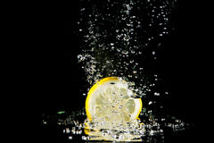 Fresh lemon splash Royalty Free Stock Photography