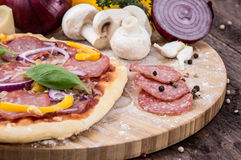 Fresh made Salami Pizza Royalty Free Stock Photography