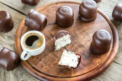 Fresh marshmallows with cup of coffee Royalty Free Stock Image