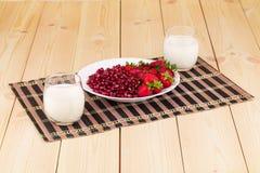 Fresh milk and strawberry Royalty Free Stock Photos