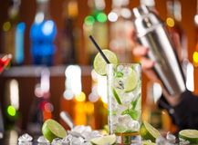 Fresh mojito drink on bar desk Royalty Free Stock Photos