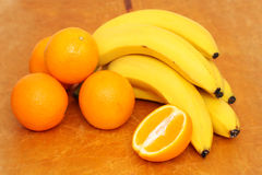 Fresh oranges and bananas Royalty Free Stock Images