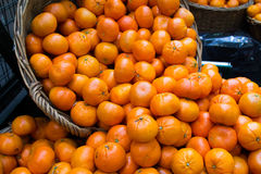 Fresh Oranges at a Market Royalty Free Stock Photos