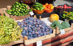 Fresh organic fruits and vegetables for sale Stock Images