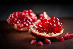 Free Fresh Organic Pomegranate On Wooding Cutting Board Royalty Free Stock Photo - 199087305