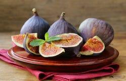 Fresh organic purple fig fruit Stock Images