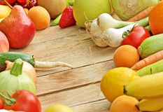 Fresh orginc fruits and vegetables Royalty Free Stock Photography